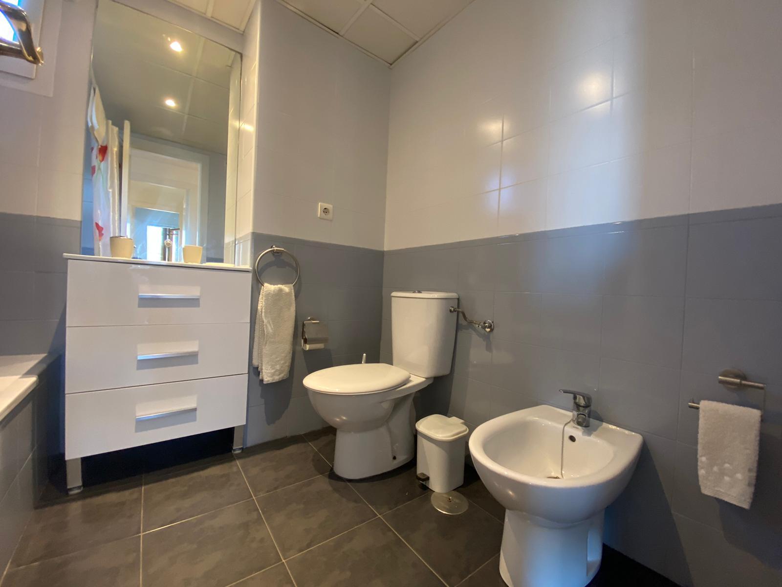 Imagen 32 del Apartamento Turístico, Ático 4 Levante, Frontal (4d+2b), Punta del Moral (HUELVA), Paseo de la Cruz nº22