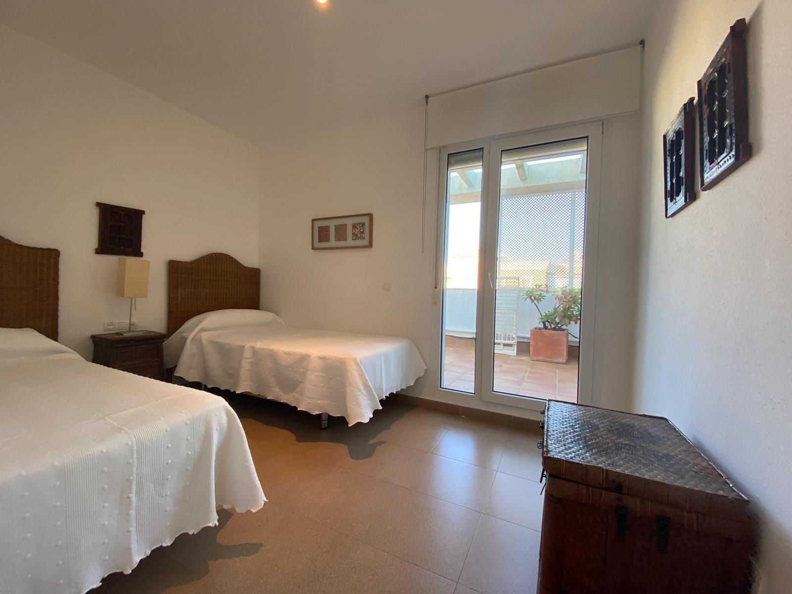 Imagen 26 del Apartamento Turístico, Ático 4 Levante, Frontal (4d+2b), Punta del Moral (HUELVA), Paseo de la Cruz nº22