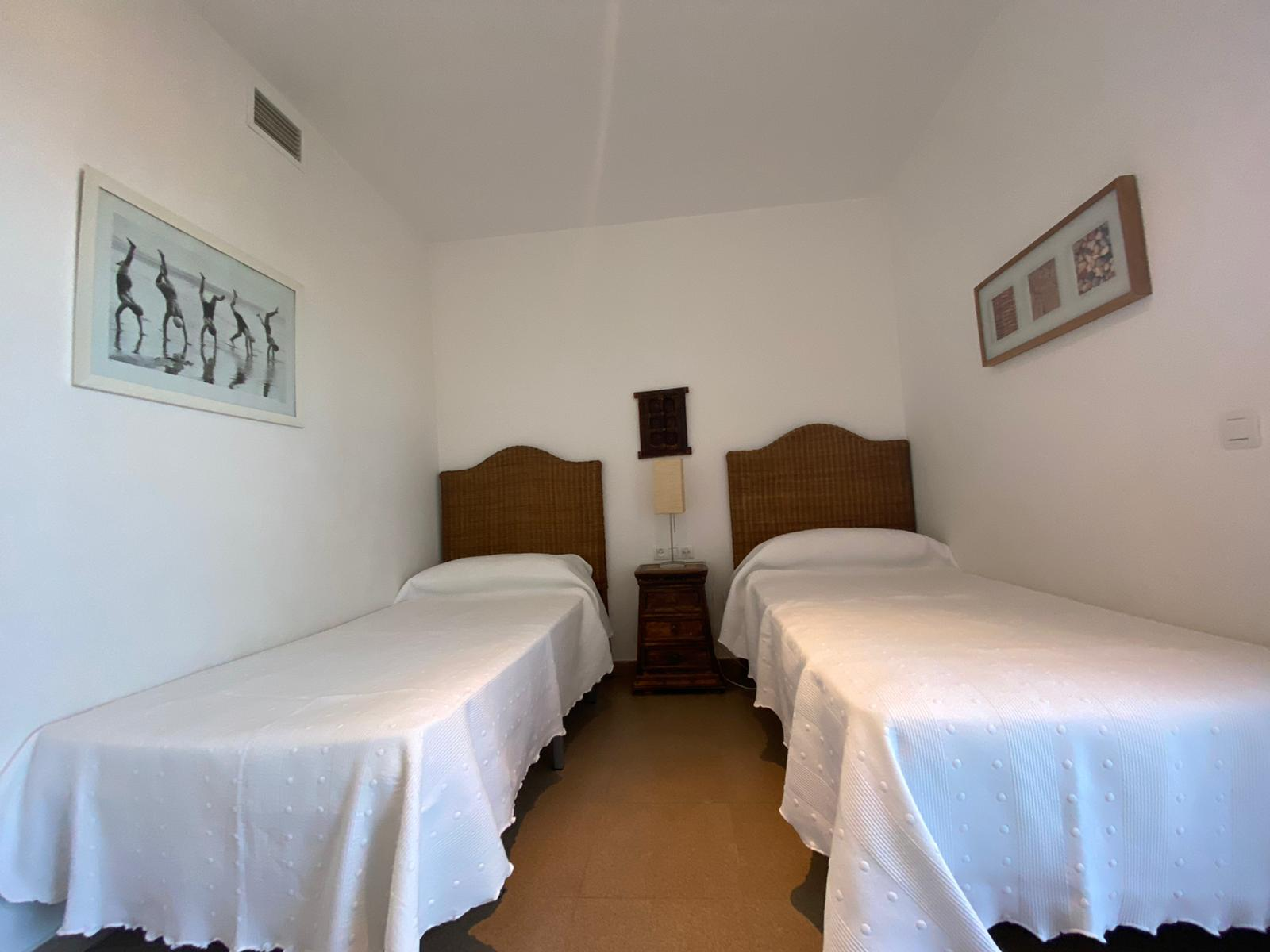 Imagen 27 del Apartamento Turístico, Ático 4 Levante, Frontal (4d+2b), Punta del Moral (HUELVA), Paseo de la Cruz nº22