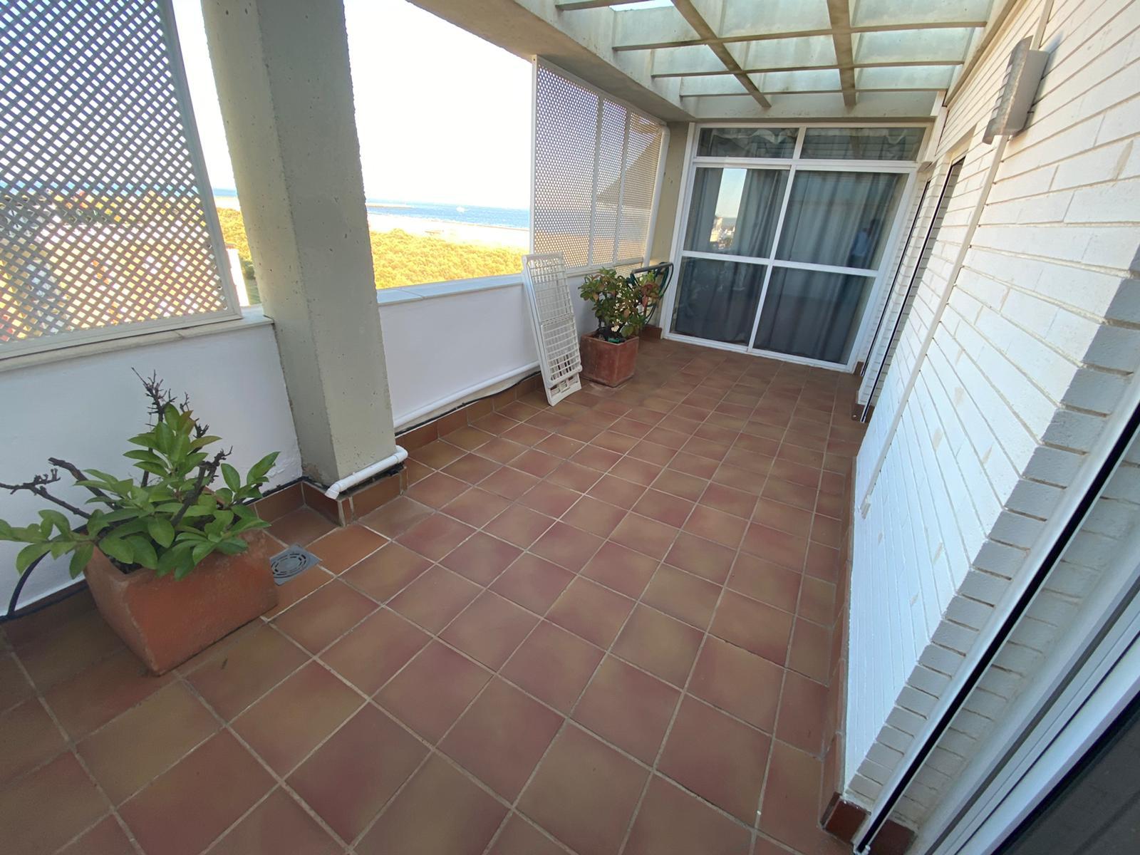 Imagen 34 del Apartamento Turístico, Ático 4 Levante, Frontal (4d+2b), Punta del Moral (HUELVA), Paseo de la Cruz nº22