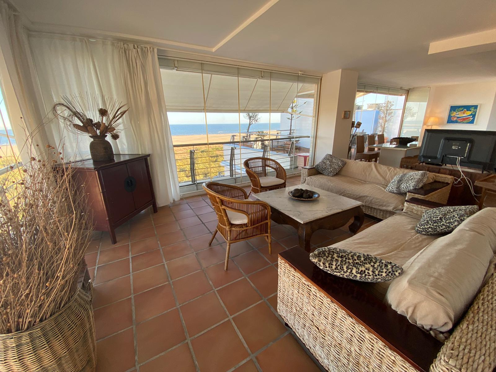 Imagen 46 del Apartamento Turístico, Ático 4 Levante, Frontal (4d+2b), Punta del Moral (HUELVA), Paseo de la Cruz nº22
