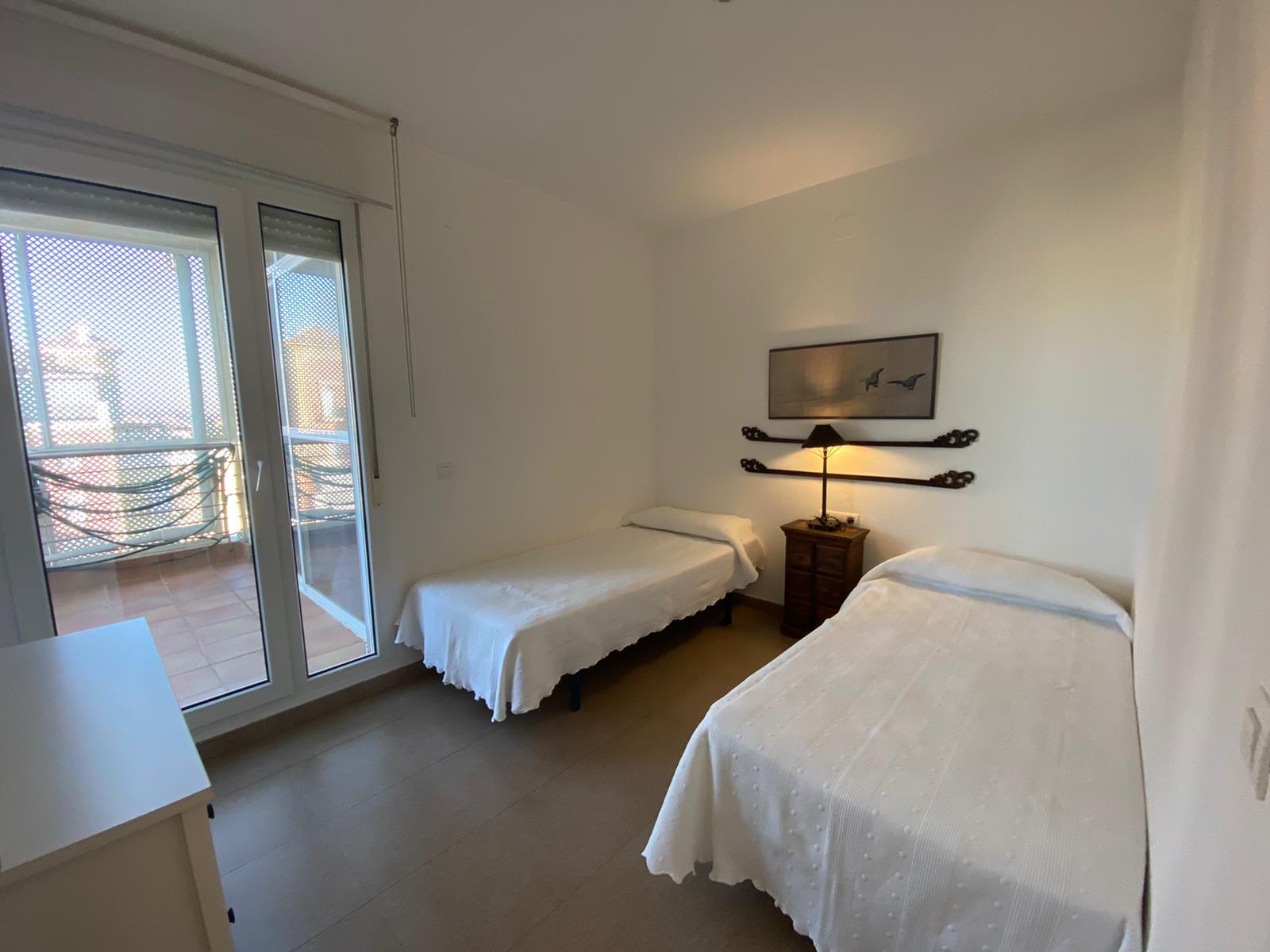 Imagen 6 del Apartamento Turístico, Ático 4 Levante, Frontal (4d+2b), Punta del Moral (HUELVA), Paseo de la Cruz nº22