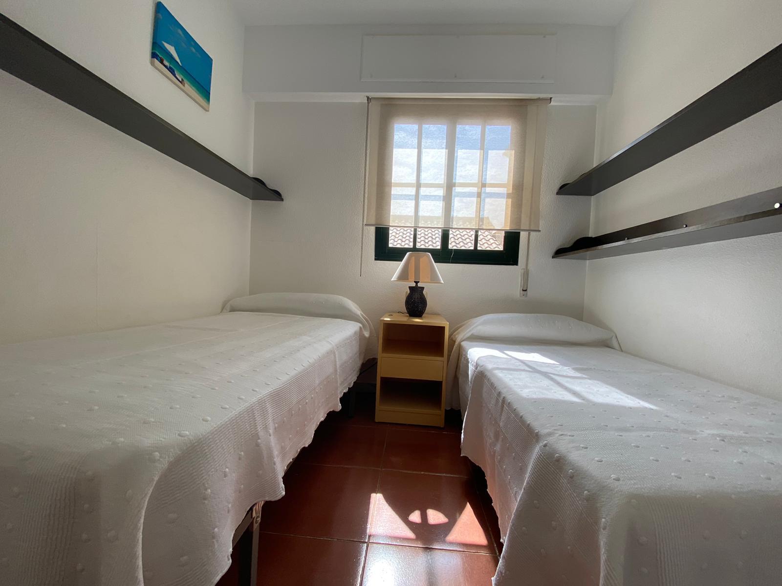 Imagen 24 del Vivienda Turística, Ático 94 (3d+2b), Isla Canela (HUELVA), Avda. de las Codornices nº 24 bloque 1-3