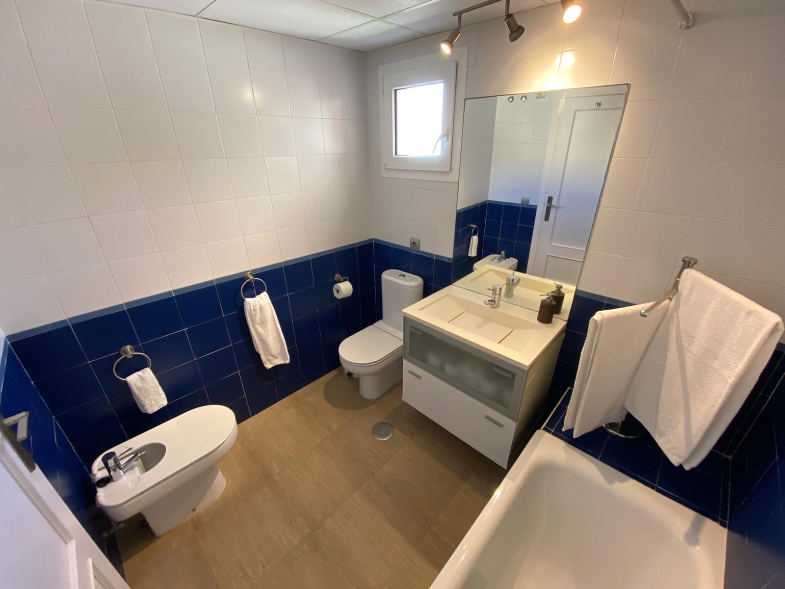Imagen 23 del Apartamento Turístico, Ático 6 Poniente (3d+2b), Punta del Moral (HUELVA), Paseo de la Cruz nº22