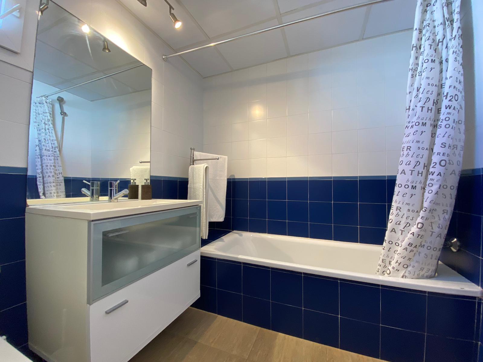 Imagen 24 del Apartamento Turístico, Ático 6 Poniente (3d+2b), Punta del Moral (HUELVA), Paseo de la Cruz nº22