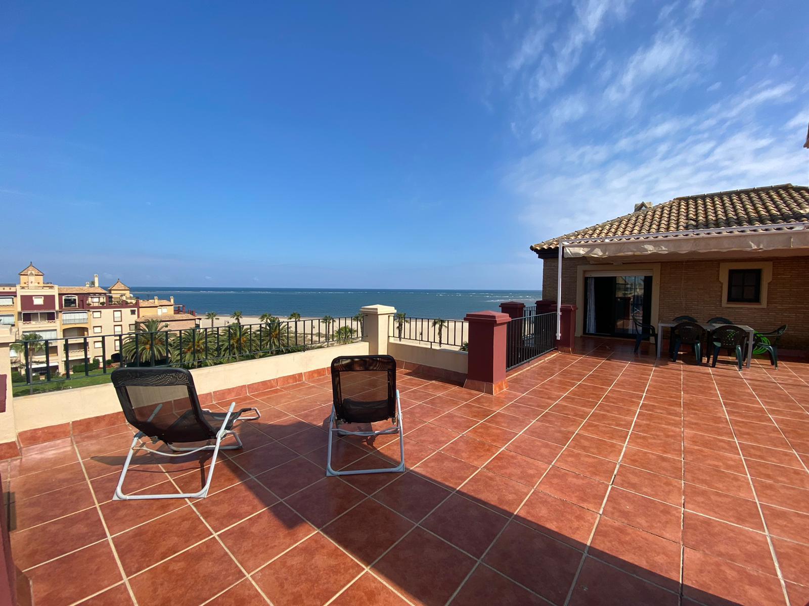 Imagen 1 del Vivienda Turística, Ático 93 (3d+2b), Isla Canela (HUELVA), Avda. de las Codornices nº 24 bloque 1-3
