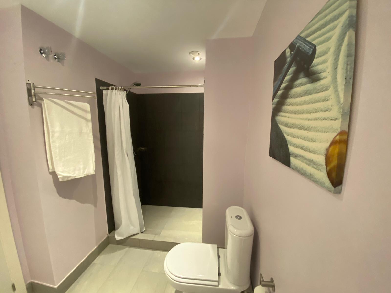 Imagen 18 del Apartamento Turístico, Ático 8 Central (3d+2b), Punta del Moral (HUELVA), Paseo de la Cruz nº22