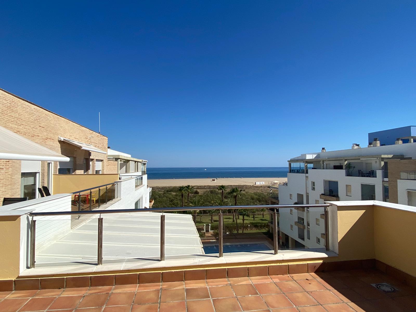 Imagen 2 del Apartamento Turístico, Ático 8 Central (3d+2b), Punta del Moral (HUELVA), Paseo de la Cruz nº22