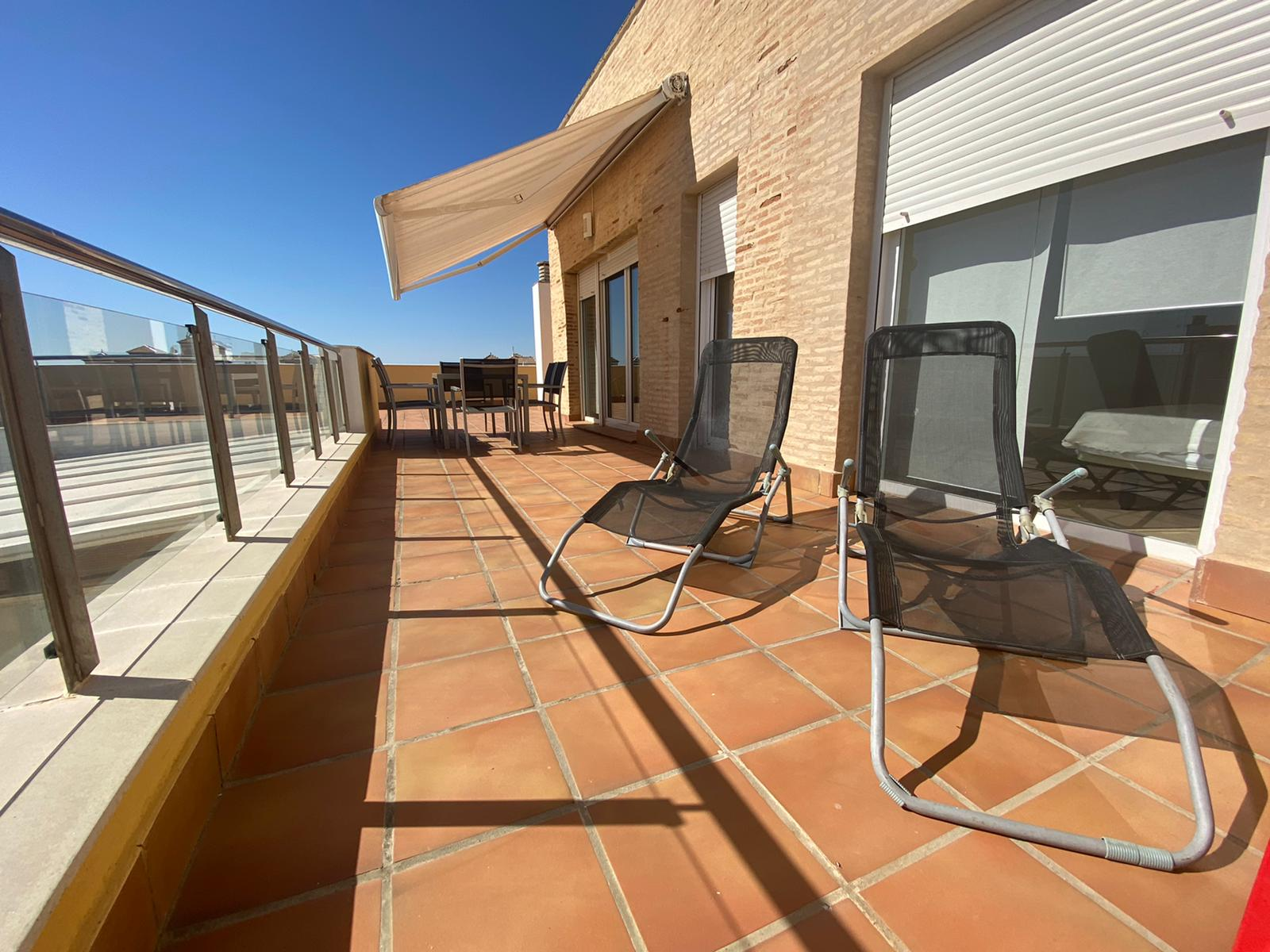 Imagen 4 del Apartamento Turístico, Ático 8 Central (3d+2b), Punta del Moral (HUELVA), Paseo de la Cruz nº22