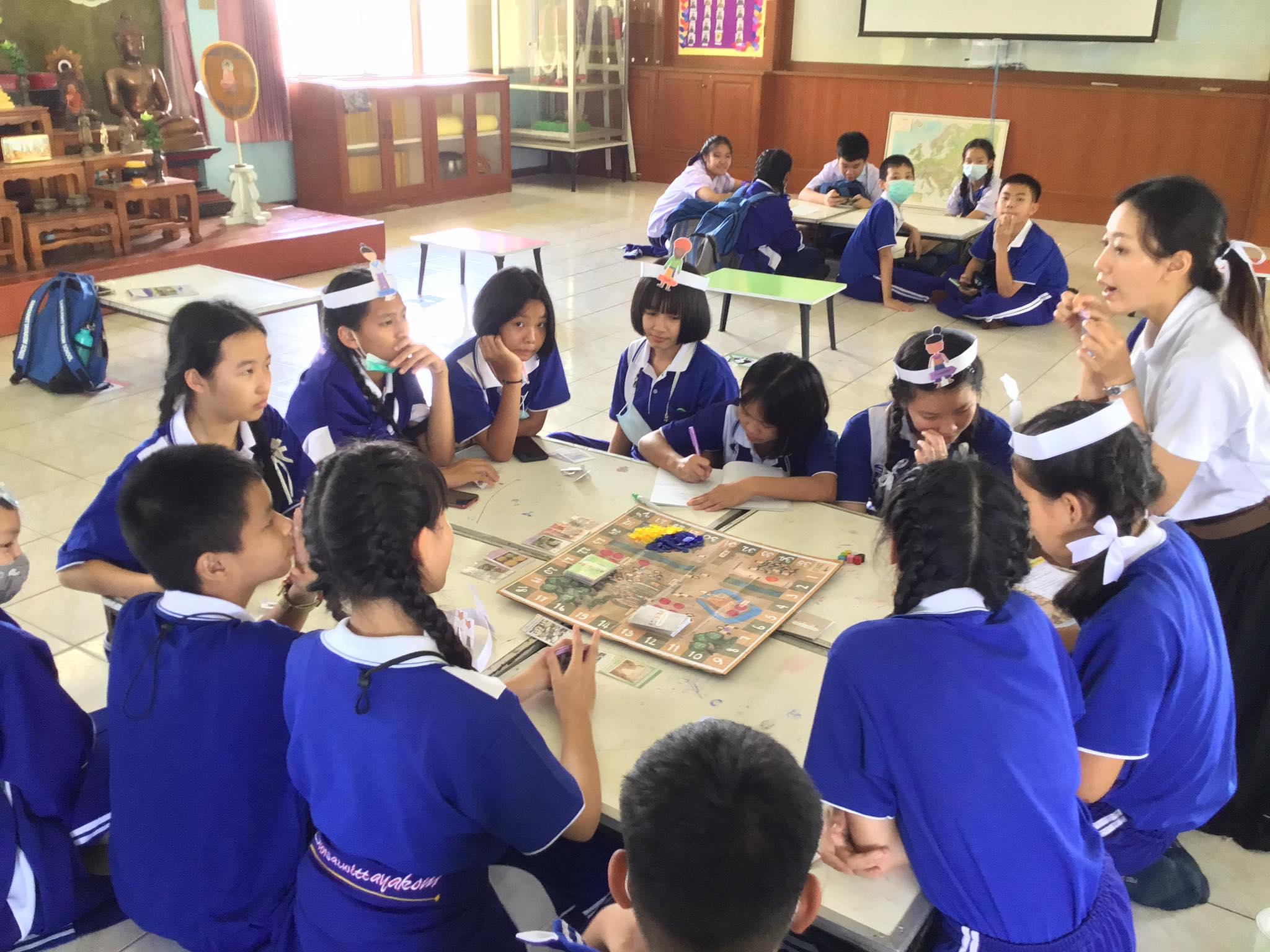 ภาพประกอบไอเดีย บอร์ดเกมเพื่อการศึกษาประวัติศาสตร์สุโขทัย ชั้นม.1