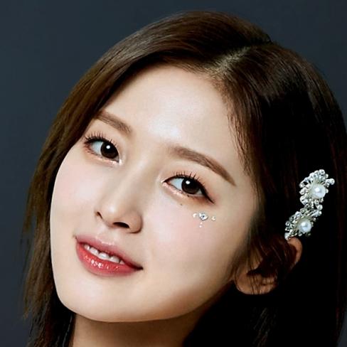 Arin: Profile, Age, Weight, Height, Facts | Hallyu Idol