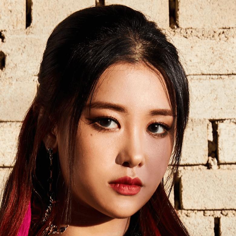 Lola: Profile, Age, Weight, Height, Facts | Hallyu Idol