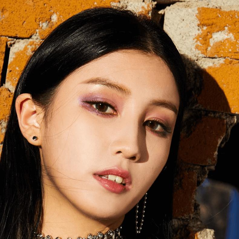 Dia: Profile, Age, Weight, Height, Facts   Hallyu Idol