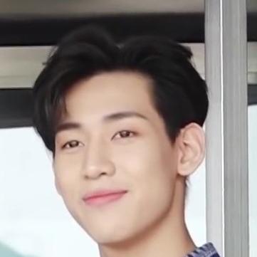 Bambam: Profile, Age, Weight, Height, Facts | Hallyu Idol