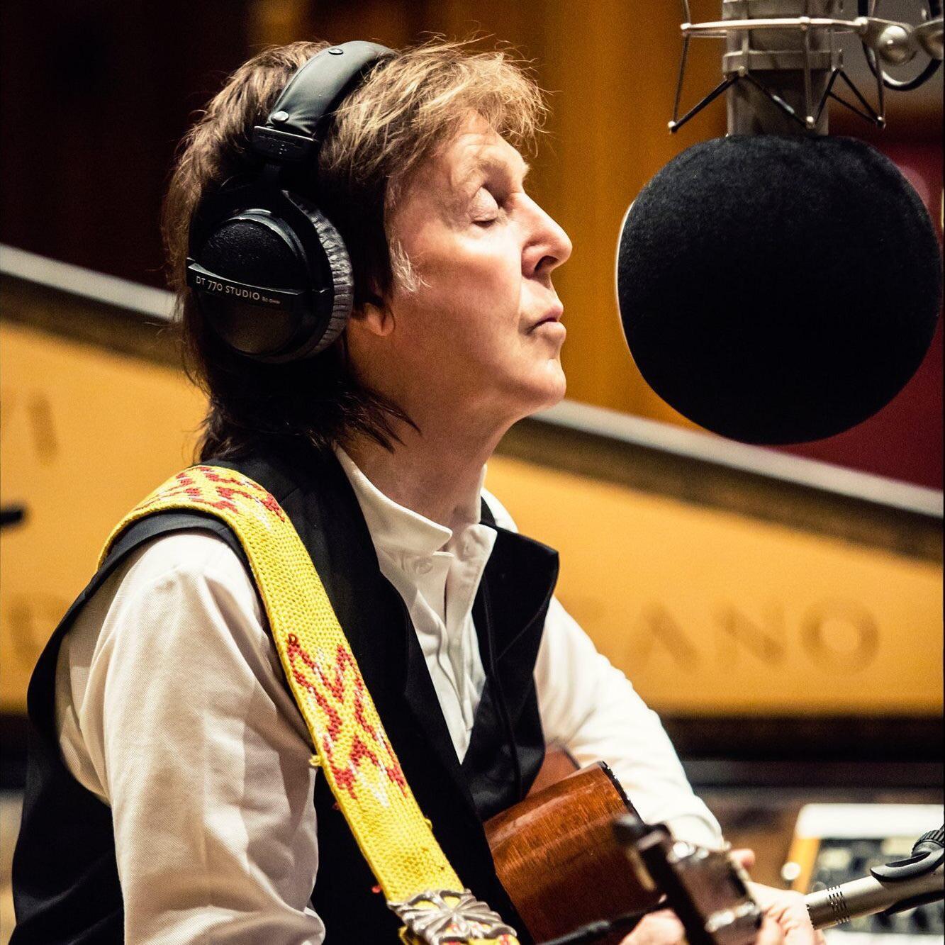0.01 _@Paul Macartney Paul Mccartney 2021 - Writing of the McCartney III album during Isolattion