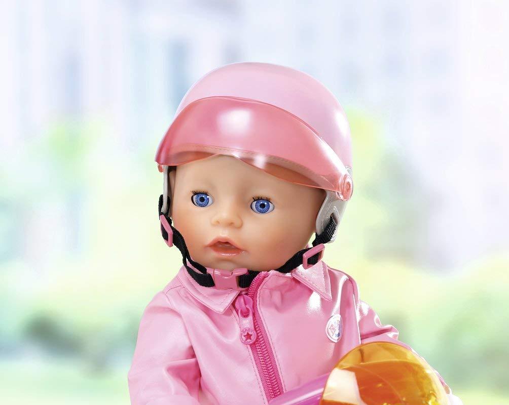 Lyserød scooter hjelm