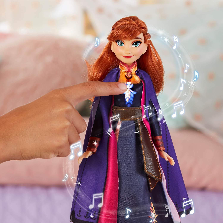 Syngende Dukke - Anna