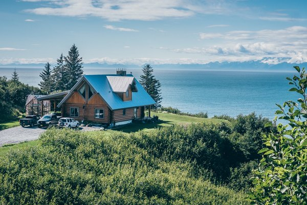 Alaska Will Pay You Over $1,500 Per Year Just To Live There