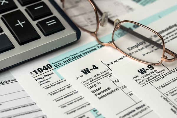 The Right Way to Complete Your W-4 Form