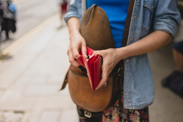 5 Practical Ways to Cut Expenses