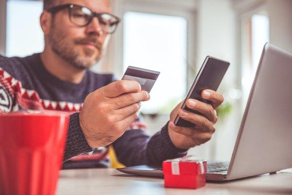 Avoiding Hidden Gift Card Fees