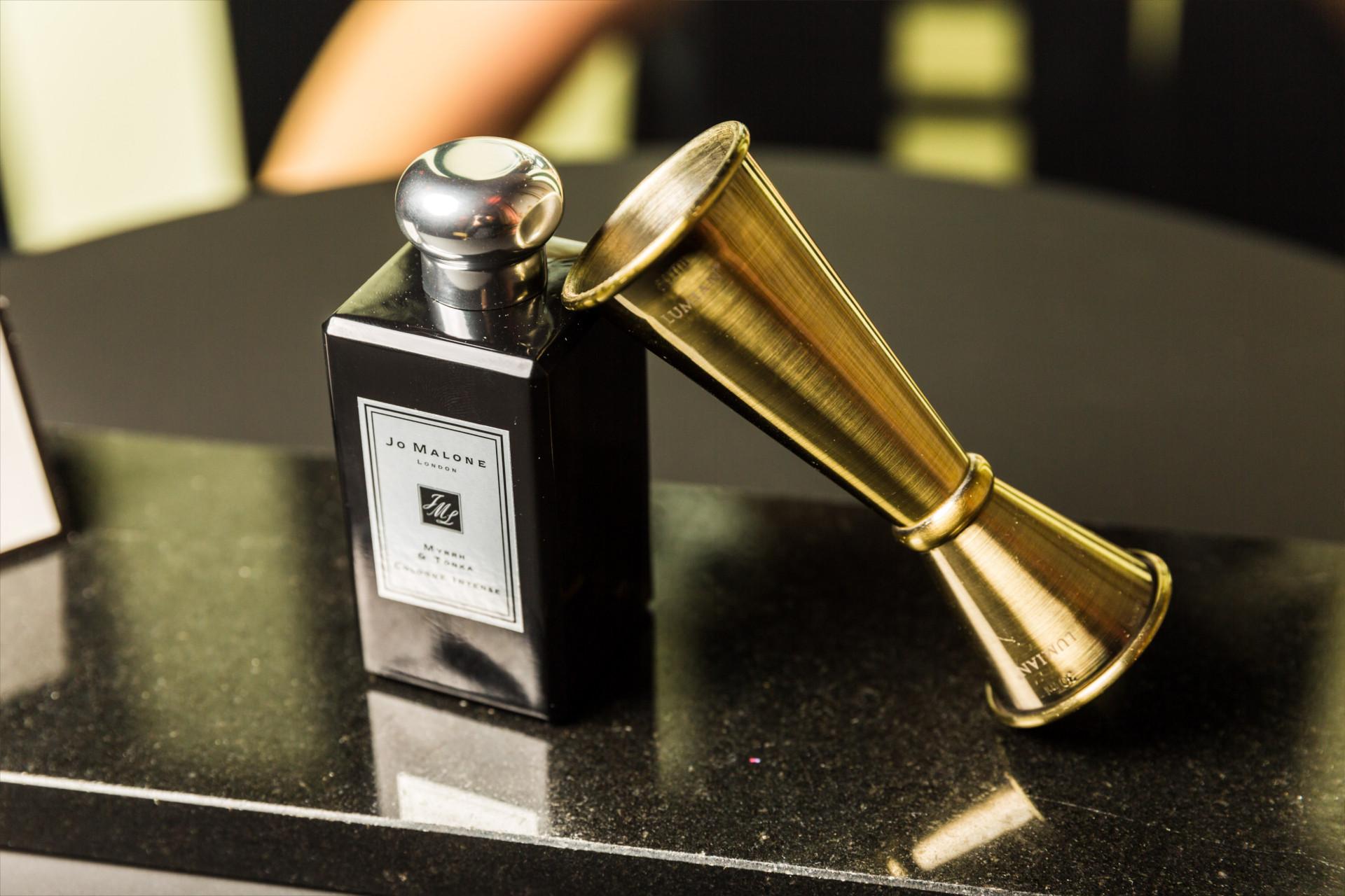 nouveau parfum · hôtel d'évreux