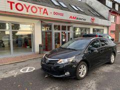 Fotografie ToyotaAvensis 1.8 FL combi Executive