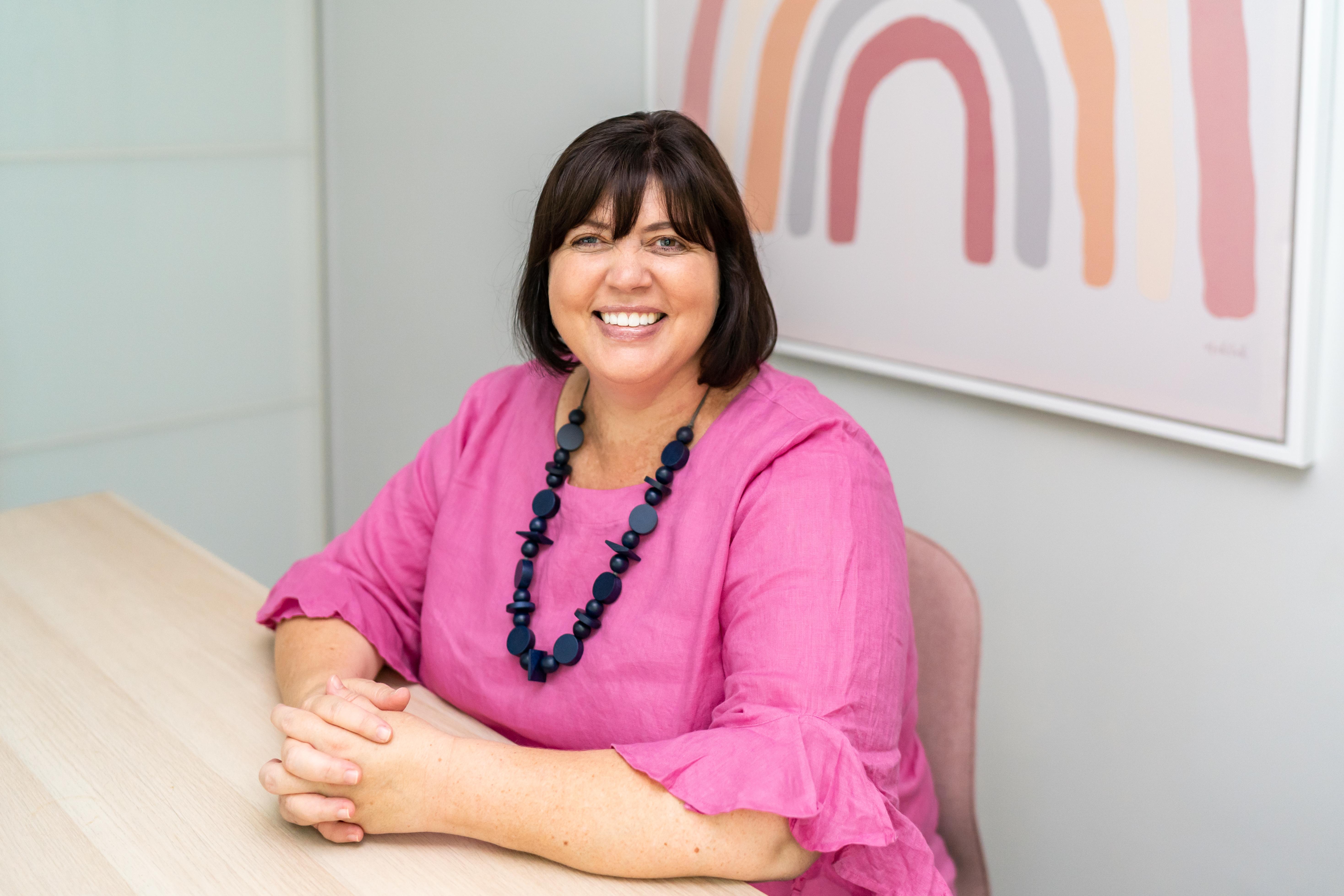 Dr Rebecca Ray
