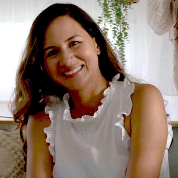 Jen Vello