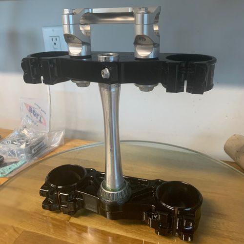 2020 WP 48mm clamps  OEM