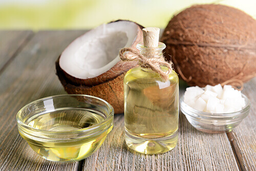 coconut oil antibacterial and antifungal properties treat pilonidal cyst