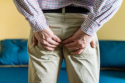 piles pain in men
