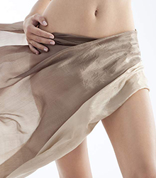 Restores vaginal suppleness and unifies the texture of the skin