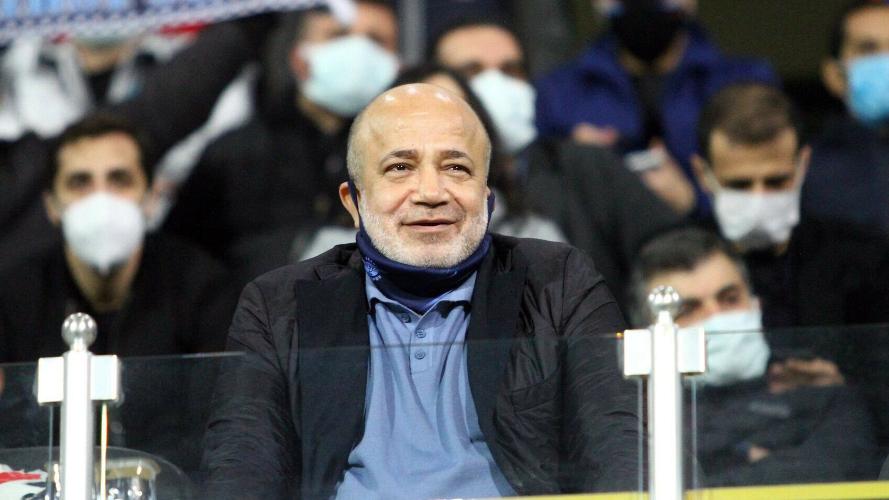 Adana Demirspor Başkanı Murat Sancak, geçtiğimiz günlerde kulübü şirketleştirdiğini açıklayarak; 'hakkın rahmetine kavuşana kadar başkanınızım' ifadelerini kullanmıştı.