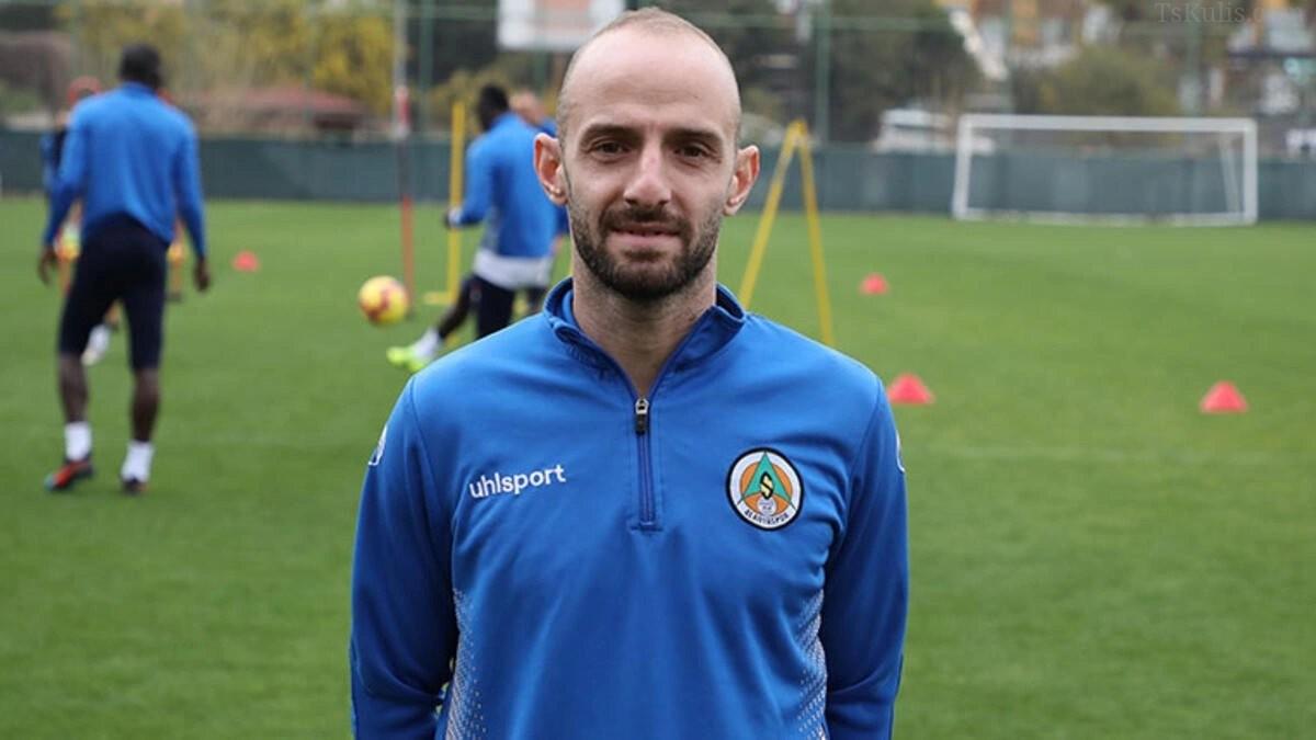 Efecan Karaca'dan Trabzonspor İçin Sözleşme İtirafı Geldi!