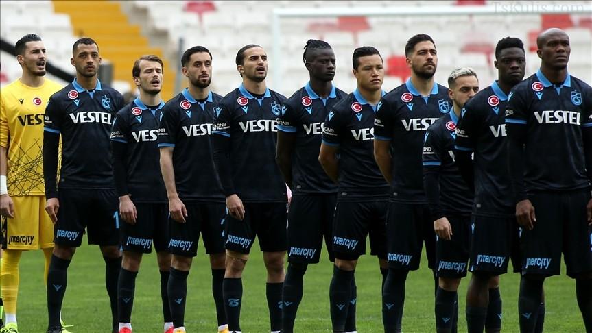 Trabzonspor Son 4 Maçta 7 Puan Kaybetti!