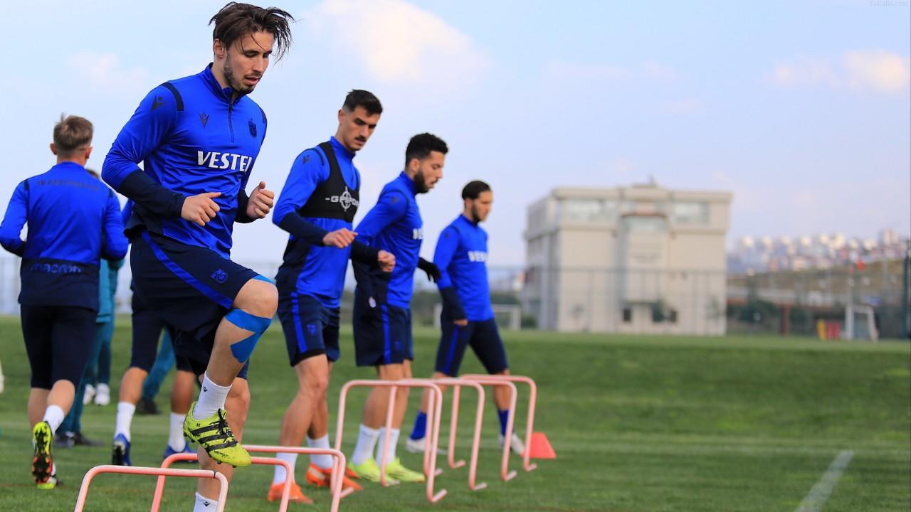 Trabzonspor'un Rizespor'a Karşı Muhtemel İlk 11'i