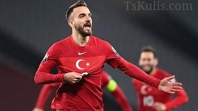 İsmi Trabzonspor İle Anılan Kenan Karaman Düsseldorf'tan Ayrılıyor!
