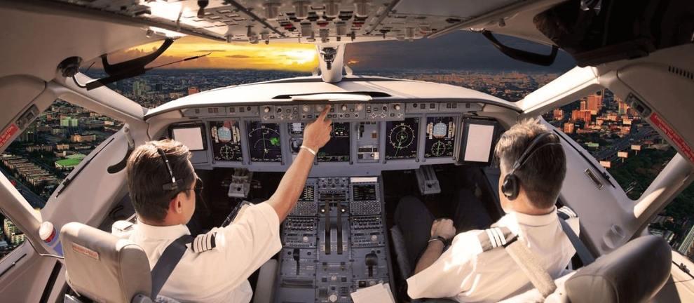 Полеты на авиационном тренажере: почувствуй себя капитаном воздушного судна