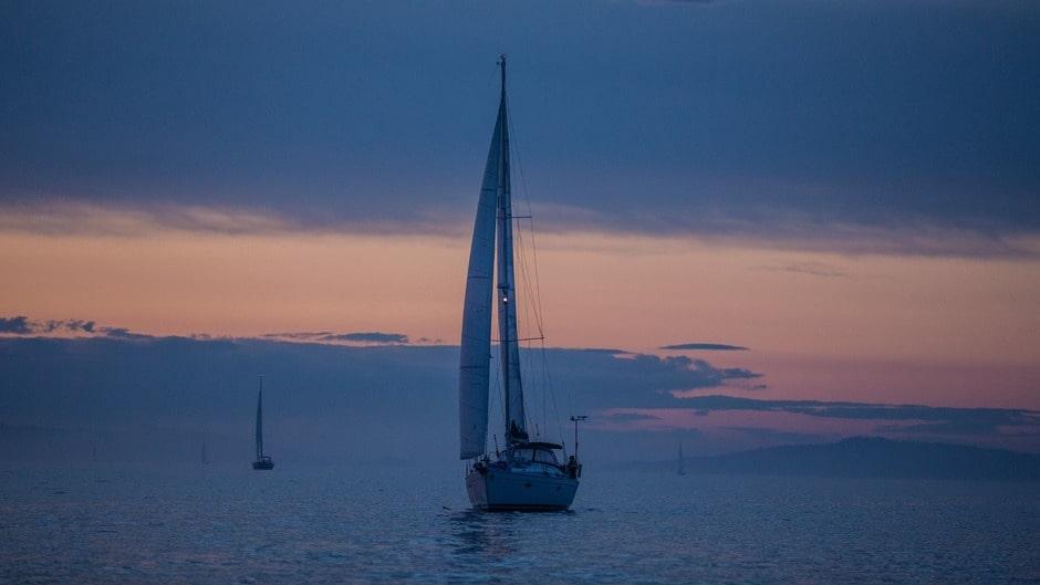 Романтическая ночь на яхте