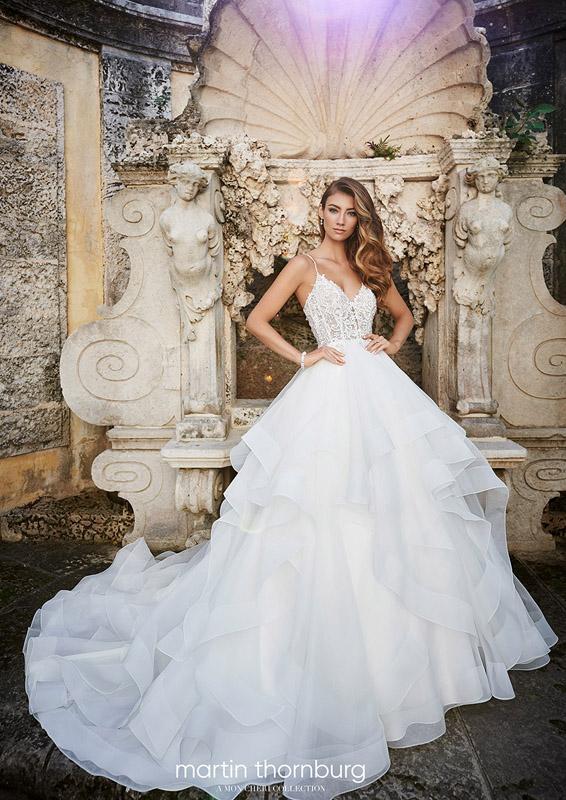 Martin Thornburg - Adele - menyasszonyi ruha