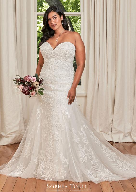 Sophia Tolli – Deanna – menyasszonyi ruha - Plus size