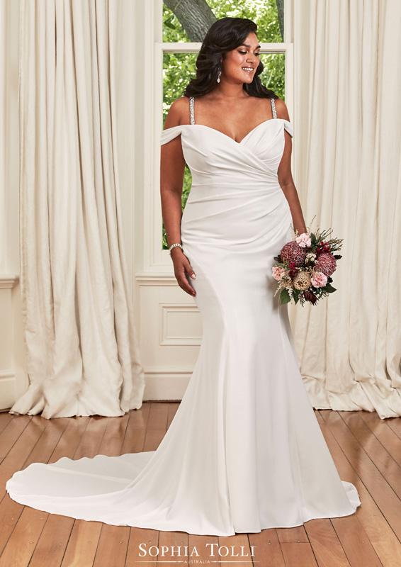 Sophia Tolli – Ines – menyasszonyi ruha - Plus size