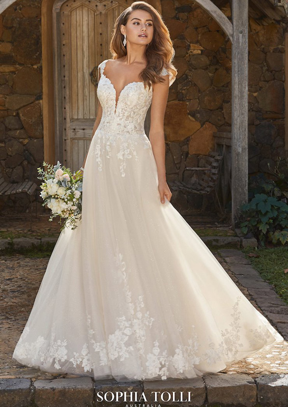 Sophia Tolli – Alannah - menyasszonyi ruha
