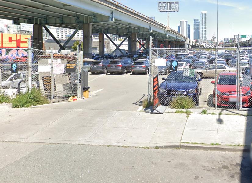 Oak Grove - Parking Lot