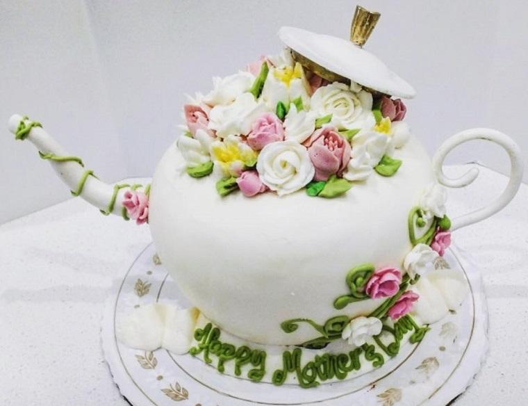 cake made by sweet lady jane