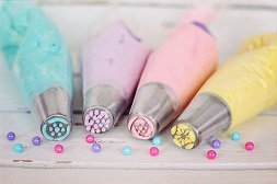 Cake Decorating for Beginners: The Supplies