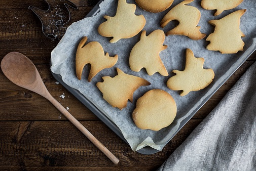 Simple Homemade Treats For Your Halloween Party