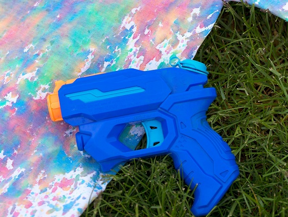 With squirt gun tie-dye the kids have a one-of-a-kind art piece and party favor