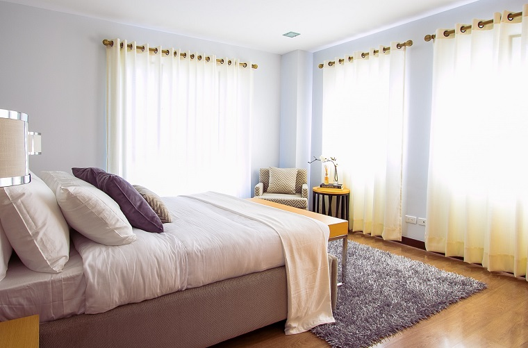 simple but pretty guest bedroom
